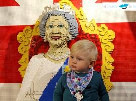 El chupete de Mark en la juguetería Hamleys de Londres