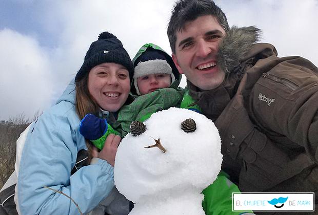 La primera vez que el chupete de Mark va a la nieve