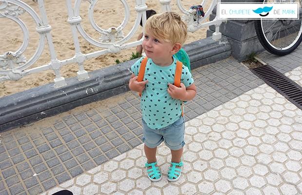 Outfit para bebés y niños: Vamos a la playa con El chupete de Mark