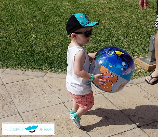 Outfit 41 para bebés y niños: Bienvenido Agosto! con El Chupete de Mark