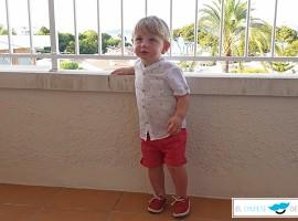 El chupete de Mark habla de Nícoli es la marca líder en el sector de la moda infantil.